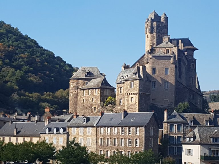 Estaing old castle