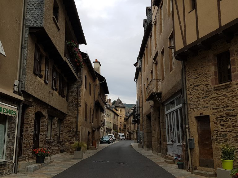 street in Estaing