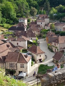 village la cirq