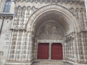 Saint Etienne cathedral door